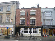 property to rent in Kings Head,