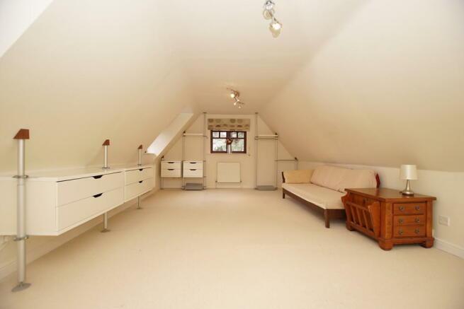 Bedroom 6 - Aspec...