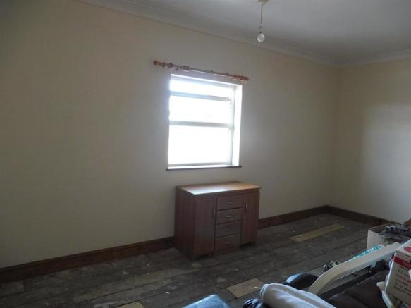 Bedroom Four ( 2nd Floor)