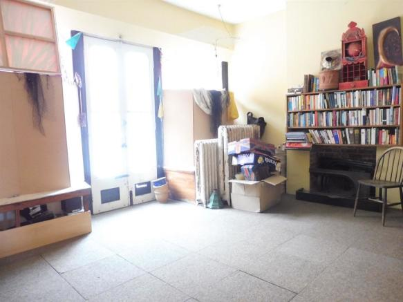 Shop Front/ Reception Room