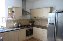 5 bedroom property to rent in Edenhall Avenue, Burnage...