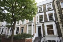 2 bedroom Flat in Leighton Grove...