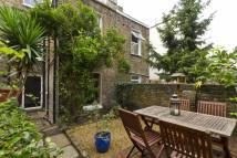 1 bedroom Flat for sale in Leighton Road