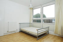 Flat to rent in Kiln Place, London