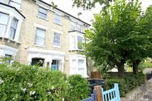 2 bedroom Flat to rent in Mercers Road, London