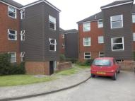 2 bedroom Flat to rent in Rowan House...