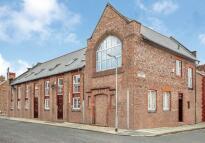 Grosvenor Road Flat to rent