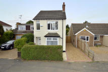 Detached home in OXFORD STREET, Rothwell...