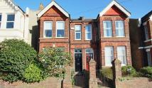 2 bed Ground Flat in Ditchling Road, BN1