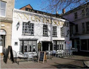 property to rent in Golden Lion Inn,