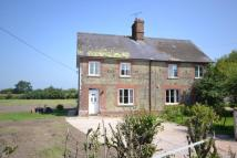 semi detached home to rent in Motcombe, SP7 9HP