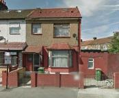 End of Terrace home to rent in Kempton Road, London, E6