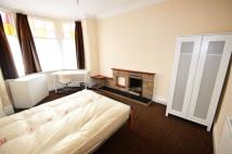 4 bed house to rent in Peveril Road, Beeston...