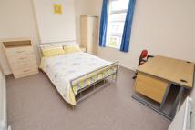 1 bedroom property to rent in Humber Road South...