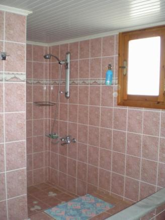Shower main house