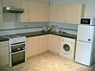 1 bed Ground Flat in Empress Avenue, Ilford...