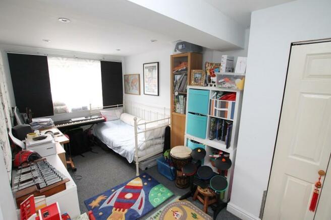 Bedroom 4/Playroom