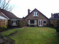 Chequers Lane Detached Bungalow to rent