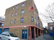 Flat to rent in Bentley Road, London, N1