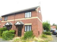 2 bed semi detached property to rent in Primrose Close, KETTERING
