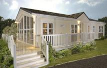 2 bed Bungalow in RAVENSWING PARK...