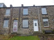 2 bedroom Terraced property in Sibbering Row, Deepcar