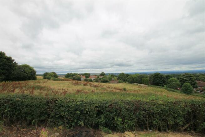 Hollin Hey Barn view