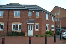 3 bed semi detached house in Pheasant Way...