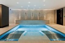 2 bedroom new Flat to rent in Kensington High Street...