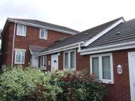 2 bed Apartment in Pinfold Court...