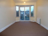 Whittington Avenue Terraced property to rent