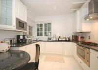 Cottage to rent in Wadham Gardens...