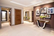 3 bed Apartment in St Edmunds Terrace...