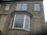 2 bedroom semi detached house in Warwick Mount, Batley...