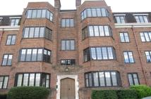 3 bedroom Flat in Balloil House...