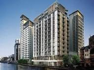2 bedroom Flat to rent in Discovery Dock West...