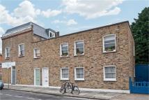 Flat to rent in Langford Road, London...