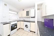 2 bed Flat in Ashford Crescent, TW15