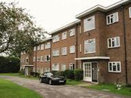 2 bed Flat to rent in Hill Village Road...