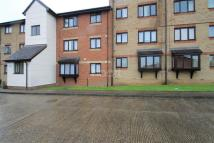 Flat to rent in Magpie Close, Enfield