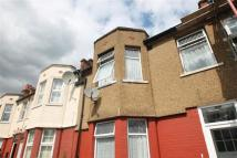 Terraced property to rent in Southbury Rd