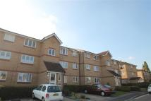 Flat in Waddington Close, Enfield