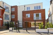 Flat to rent in Charles Street, Enfield