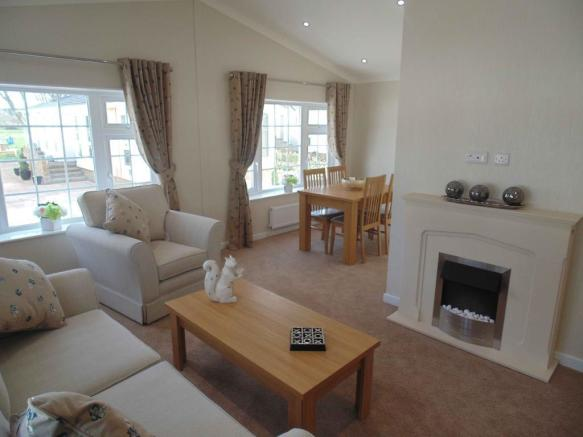 2 Bedroom Park Home For Sale In Organford Dorset BH16 6ES