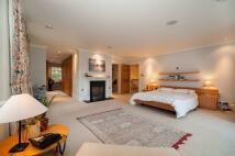 Detached home for sale in Slade Oak Ln, Uxbridge