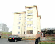 Flat for sale in Murroch Avenue...