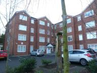 2 bed Flat in Woodsome Park, L25