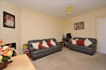 Flat to rent in Lower Addiscombe Road...