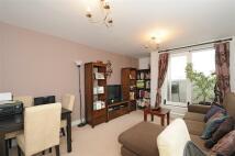 Flat to rent in London Road, Croydon