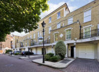 Town House for sale in Balniel Gate, London...